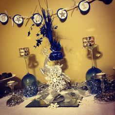 blue and silver New Year! #New year, #blue and silver, #sparkle, #table, #setting