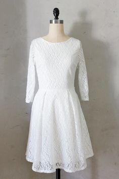 Fleet Collection Delphine Dress in Ivory. Size L. Worn once, received in a swap brand new. $33.