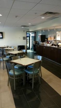 Continental breakfast area, BEST WESTERN Thompson Hotel & Suites  |  205 Mystery Lake Road, Thom