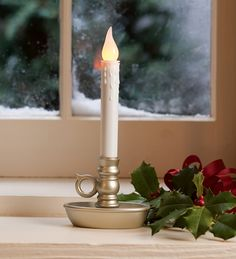 battery-operated-single-window-led-window-candles | Plow and Hearth ...