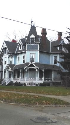 OldHouses.com - 1886 Victorian: Queen Anne - Victorian Queen Anne Home in Coldwater, Michigan