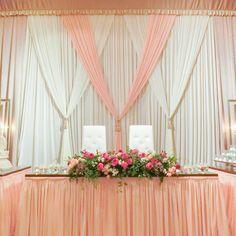 膨らみを抑えたチュールスカートです。ギャザーをたっぷり寄せて可愛くて上品なスタイルです。バックジョーゼットとお揃いです。 #wedding #angelicadecoration #angelica_wd #高砂装飾 Wedding Decorations, Table Decorations, Foyer, Wreaths, Curtains, Furniture, Home Decor, Life, Yellow