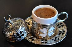 Turkish Coffee #turkishcoffee #turkishcoffeepot #coffeeset Turkish Coffee Cups, Arabic Coffee, Coffee Latte, Espresso Coffee, Cup Maker, Different Coffees, Handmade Ottomans, Coffee Recipes, Cup And Saucer Set