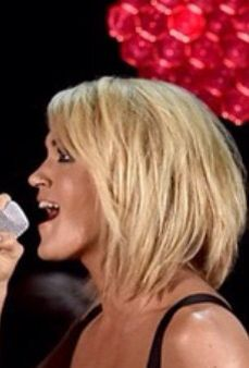 Love Carrie Underwood's bob