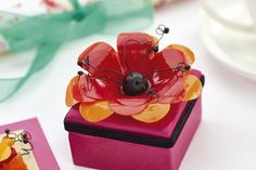 Make a glossy flower set in our February issue, out now! Image: cliqq.co.uk