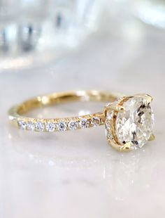 Round Diamond Engagement Rings, Diamond Cluster Ring, Halo Engagement, Diamond Bands, Diamond Wedding Bands, Solitaire Rings, Piercings, Gold Jewelry Simple, Beautiful Rings