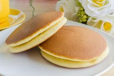 Breakfast for the benefit of the figures! On B / 7 F / V / 20 Ingredients: Oat flakes - 1 stack. Diet Recipes, Healthy Recipes, Healthy Food, Oatmeal Pancakes, Food Dishes, Good Food, Food And Drink, Snacks, Cooking