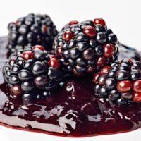 20 nejlepších receptů na džemy a marmelády | ReceptyOnLine.cz - kuchařka, recepty a inspirace Marmalade, Blackberry, Panna Cotta, Spices, Fruit, Cooking, Ethnic Recipes, Recipes, Fine Dining
