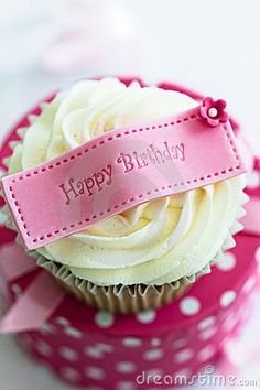 Happy Birthday Girl Cupcake Cute Ideas 25578wall.jpg
