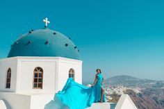 Artistic photoshoots & flying dress rental in Santorini, Greece. Magic pictures from the most romantic island of the world! Dress Rental, Greece Holiday, Romantic Getaways, Holiday Photos, Most Romantic, Unique Dresses, Videography, Photo Studio, Santorini
