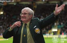 Celtic v Inter Milan, 19/02/2015. Bertie Auld addresses the crowd ahead of kick-off.