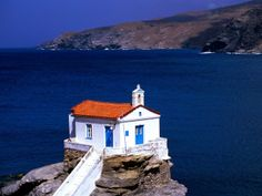 Amazing World originally shared this post: Thalassini Church Cyclades Islands, Greece Great View More photos from Amazing World Andros Greece, Santorini Greece, Greece Wallpaper, Greece Tours, Old Churches, Beaches In The World, Place Of Worship, Beautiful Architecture, Macedonia