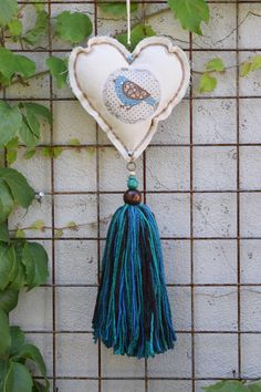 HEART WITH TASSEL
