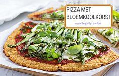 Recept voor pizza met bloemkoolkorst! http://legallyraw.be/pizza-met-bloemkoolkorst/