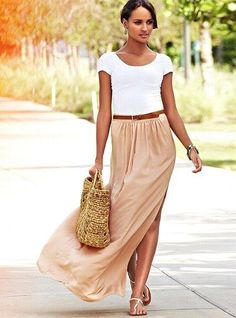 how to wear a maxi and look elegant. Light pink maxi with white top.