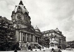 Entrance of Buda Castle, 1926 - Budapest, Hungary Buda Castle, Vintage Architecture, Royal Palace, Budapest Hungary, History Museum, Paris, Old Pictures, Historical Photos, Cover Photos