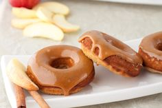 I must try these Caramel Apple Donuts, dairy free & gluten free. Baylee this is perfect for you Paleo Sweets, Paleo Dessert, Gluten Free Desserts, Dessert Recipes, Brunch Recipes, Crepes, Apple Doughnut, Gluten Free Doughnuts, Healthy Doughnuts