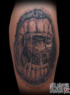 tattoo pel colega Güell !!!! pinhead tattoo!  #pinhead #pinheadtattoo #raultat2s #damageink #horrortattoos #horrortattoo #fullcolourtattoo
