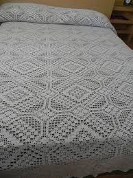 Resultado de imagen para pastillas a crochet para colchas patrones Crochet Bedspread Pattern, Crochet Quilt, Crochet Chart, Love Crochet, Crochet Motif, Crochet Designs, Crochet Doilies, Crochet Patterns, Vintage Crochet