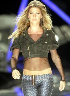 colcci brasil - Gisele Bundchen hits the runway for Colcci