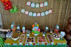 Hawaiian Luau birthday party. What a fun idea!