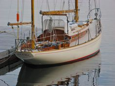 Few yachts are as stunning at the dock as the Concordia yawl. The design is celebrating its anniversary in Ski Boats, Cool Boats, Small Boats, Classic Sailing, Classic Yachts, Wooden Sailboat, Wooden Boats, Yacht Design, Boat Design