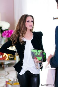 http://www.oliviapalermo.com/behind-the-scenes-paris-pretty/