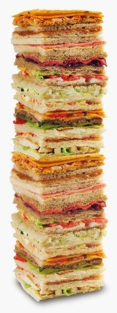 30 Rellenos para Sandwich Quiero un sandwich de... Pollo y queso crema con un toque de mayonesa, preferiblemente en pan negro Jamón d...