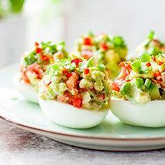Jajka faszerowane guacamole | Kwestia Smaku