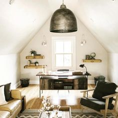 You will locate that huge bedrooms that in many lodges and cods are upstairs. You may likewise have attic bedroom that you ought to decorate. Attic Bedroom Designs, Attic Design, Attic Rooms, Attic Bathroom, Bonus Room Design, Attic Playroom, Attic Loft, Attic Stairs, Attic Renovation