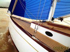 Aries 31, un Daysailer veloz de líneas Clásicas
