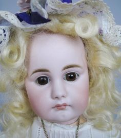 Antique Simon Halbig 949 Closed Mouth German Doll