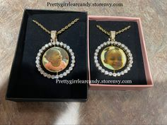 Add aby photo. Spinning pendant Custom Jewelry, Spinning, Pendant Necklace, Drop Earrings, Handmade, Accessories, Hand Spinning, Hand Made, Personalized Jewelry