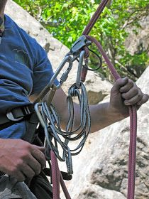 """One of my favorite """"rope tricks"""" is to quickly and easily switch a rappel set-up into a rope climbing system. Lead Climbing, Sport Climbing, Climbing Wall, Rappelling Gear, Climbing Technique, Wilderness Survival, A Team, Knots, American"""