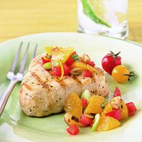 The fresh orange salsa topping these tuna steaks gives the dish a tasty citrus flavor. Oranges also add lots of vitamin C to the dish. Tuna Recipes, Seafood Recipes, Healthy Dinner Recipes, Dessert Healthy, Paleo Dinner, Healthy Foods, Healthy Eating, Seafood Dishes, Fish And Seafood