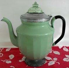 Vintage Jadeite Coffee Pot 1940's .. I would love to find this :)
