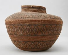 Central Californian jar-shaped basket, Tulare Lake area, probably Yokuts, sedge root coiled on a grass bundle foundation, design in redbud and bracken fern root, early 1900s. Subjects: bottleneck baskets, diamond designs, rattlesnake designs