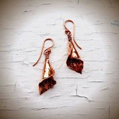 FREE Pattern: Calla Lily Earrings | Jewelry Making Blog | Information | Education | Videos