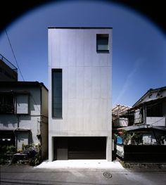 2 Courts House / Keiji Ashizawa Design