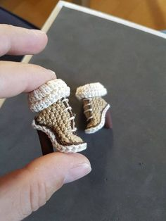 knitted barbie shoes, high heels ankle boot sooooooooooooo cute