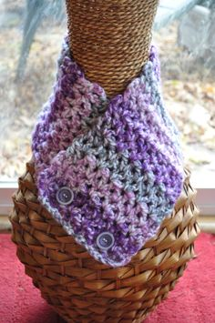 The purple tones are so soft and elegant.   This is a great gift for a purple lover:)