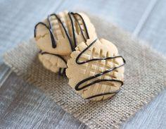 Paleo shortbread cookies that taste like buttery heaven.