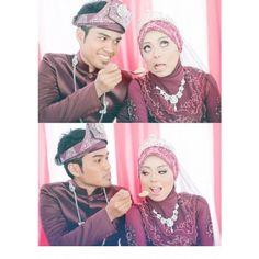 Wedding Photographers : Sukabumixsebol Photography #Traditional #Red #Reception