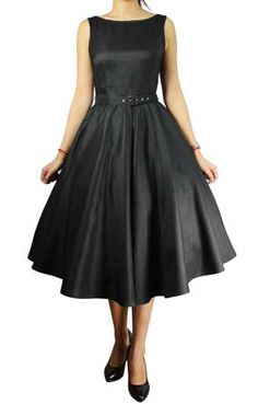 Plus Size Audrey Dress. Love.