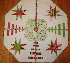 Starry Forest Tree Skirt ( i like this take on the tutorial I have saved)