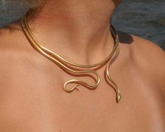 Single Loose Snake necklace '' Ofis '' by ConstantinosCollect logo aesthetic blue Single Loose Snake necklace '' Ofis '' handmade BRASS metal in gold-plated Gold Choker Collar Necklace/ Minimal Gold Choker Snake Necklace, Snake Jewelry, Collar Necklace, Cute Jewelry, Necklace Holder, Black Jewelry, Jewelry Ideas, Gold Jewelry, Gold Choker