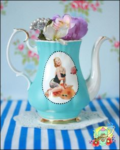 Heart Handmade UK: Painted and Decoupage Retro Vintage Patterned Crockery From Pilfered