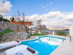 Villa in den Bergen, - Villa 3 Schlafzimmer, Schlafmöglichkeiten für 8Ferienhaus in Koxare von @homeaway! #vacation #rental #travel #homeaway