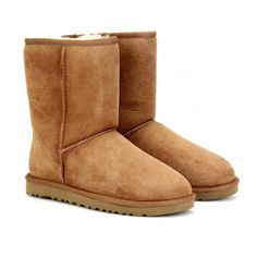 UGG Australia Classic Short Boots (1.225 RON) found on Polyvore featuring women's fashion, shoes, boots, ankle booties, uggs, chestnut, ankle boots, chestnut boots, bootie boots and round toe booties