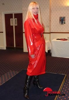 Vinyl Raincoat, Pvc Raincoat, Plastic Raincoat, Plastic Pants, Rain Bonnet, Mode Latex, Long Leather Coat, Rubber Raincoats, Rain Gear